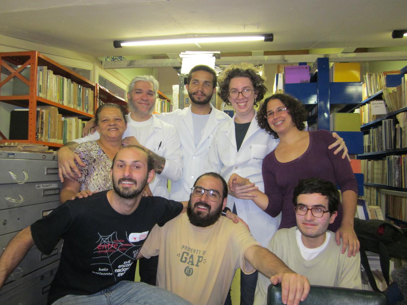 AGB e IEB: Joana Lima, acompanhada da equipe do Arquivo IEB, realizou nos dias 2, 3 e 4 de julho, oficina abordando questões de conservação preventiva. Desta vez foi a Associação dos Geógrafos Brasileiros, seção São Paulo, que nos confiou seu acervo.