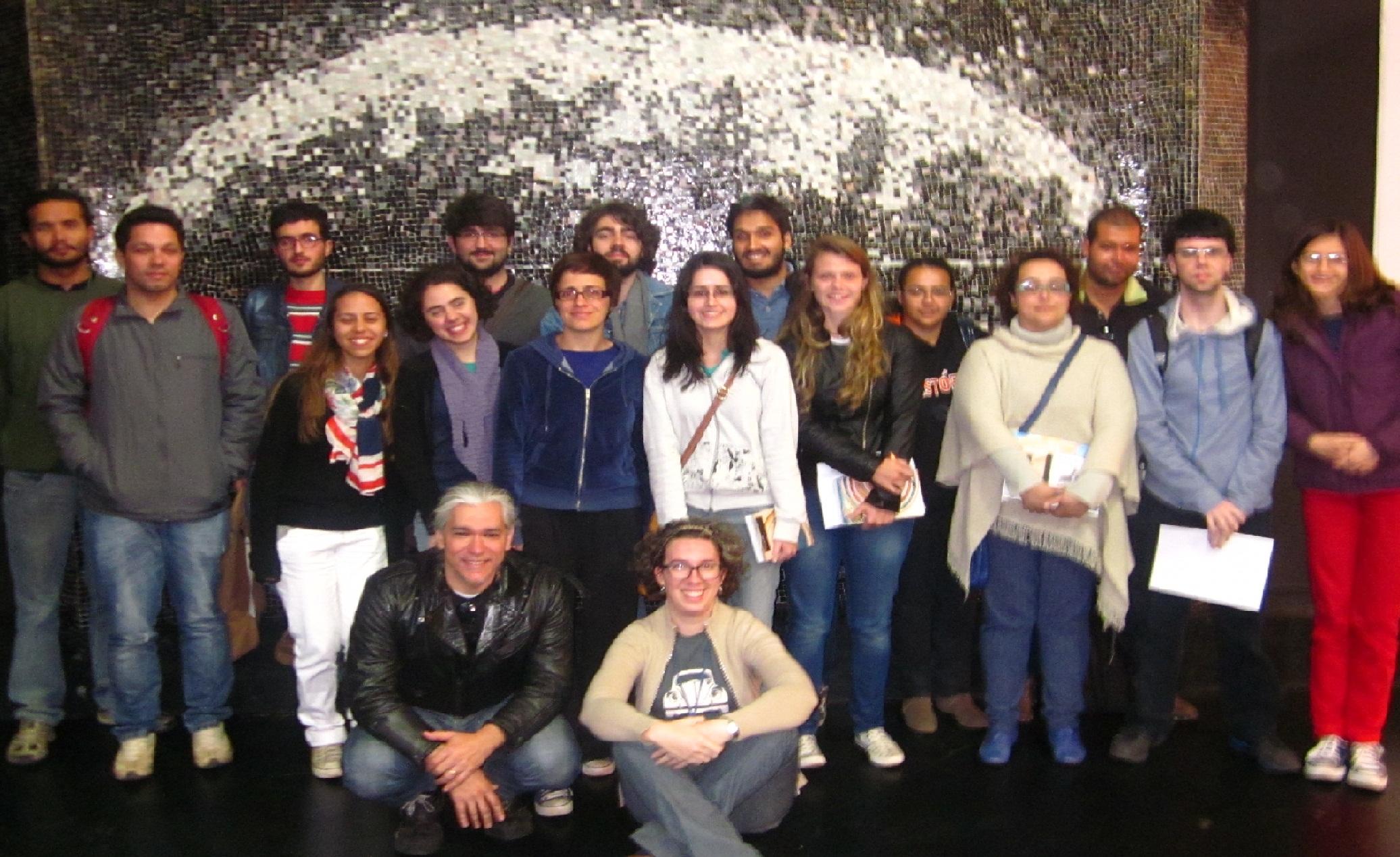 INTERCÂMBIO: no dia 27 de setembro o Arquivo recebeu parte da equipe de estagiários e supervisores do Museu Paulista. Houve um gostoso intercâmbio de experiências entre todos! A hora passou depressa e a visita se estendeu até às 19 horas.